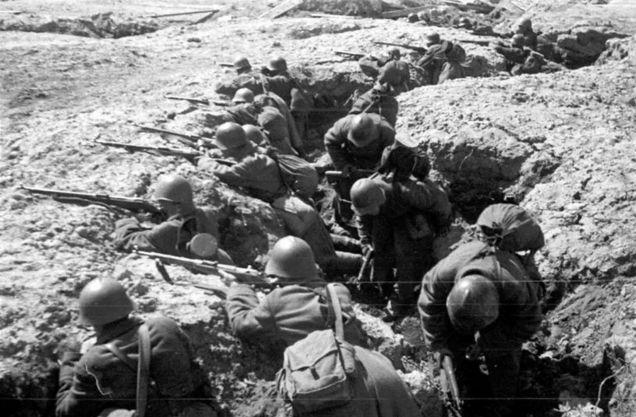 Trincheira em Leningrado, 1942