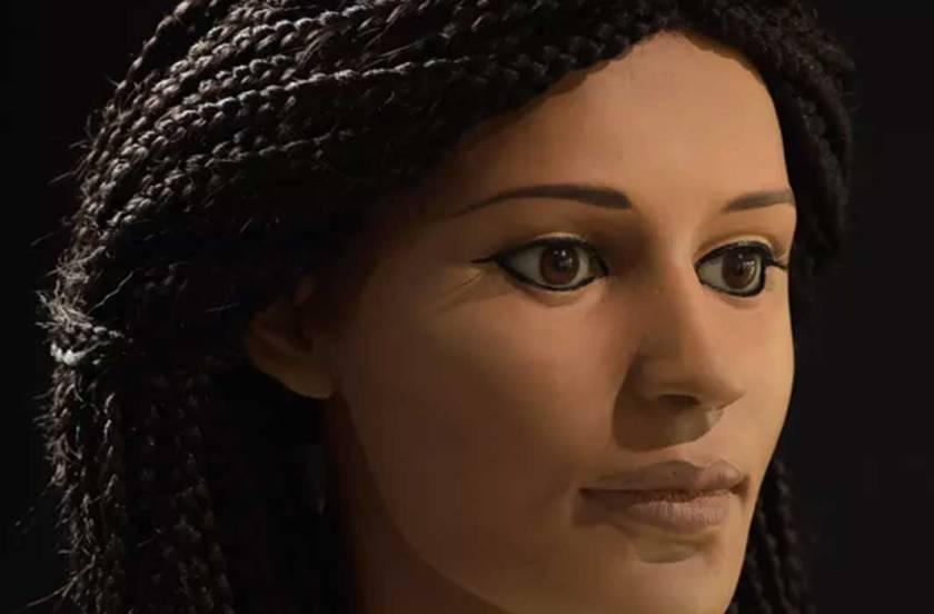 O rosto da múmia Meritamun